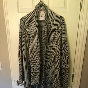 Super unique patterned long open cardigan!
